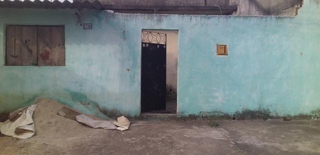 Vendo casa 2 quartos grande + kitinete de laje + terraço - Foto 10