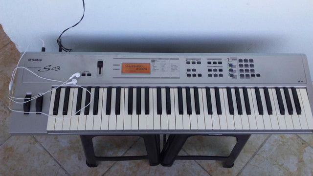 Teclado Sintetizador Yamaha S03  - Foto 3