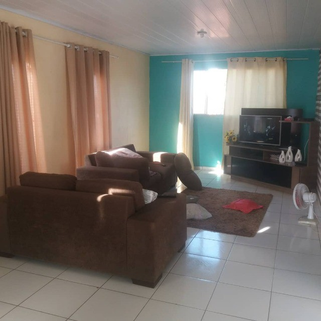 Vendo Uma Casa na Santa Lucia com Piscina(So Venda) - Foto 3