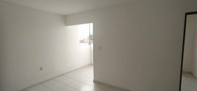 Apartamento com 2 dormitórios para alugar, 50 m² por R$ 500,00 - Francisco Simão dos Santo - Foto 5