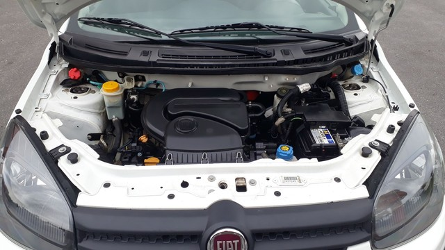 Fiat Uno 2019 completo  1.0 4 cilindros atractive  - Foto 17