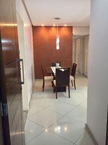 Apartamento reformado 3 quartos (1 suíte) no Jardim Armação