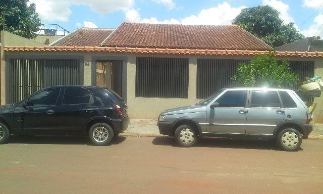 Casa no Jardim Macapá, 1 apartamento e 2 quartos