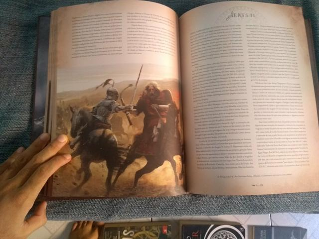 Livro edição especial Game of Thrones - Foto 3