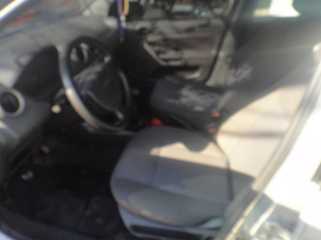 Toyota Corolla Financio ate sem entrada+gnv d quint ger+ completo troca moto ou carro - Foto 2