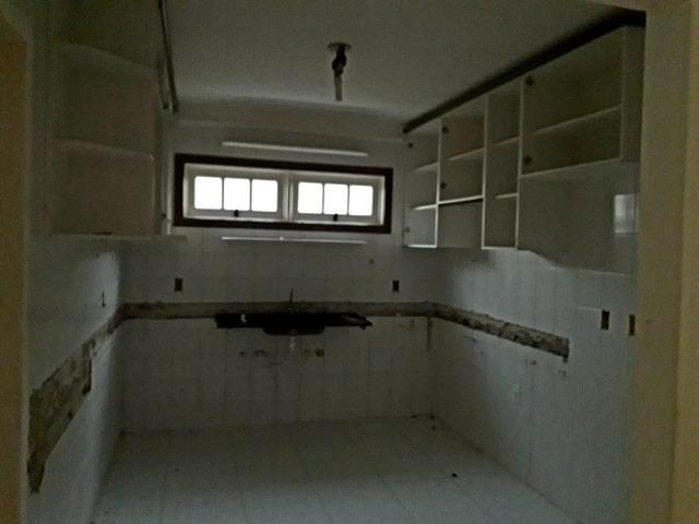 Excelente 4/4 com 450m² em Itapoã! Condomínio fechado - Foto 19