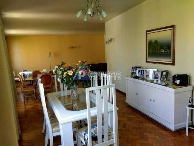 Apartamento à venda, 4 quartos, 2 vagas, Laranjeiras - RIO DE JANEIRO/RJ