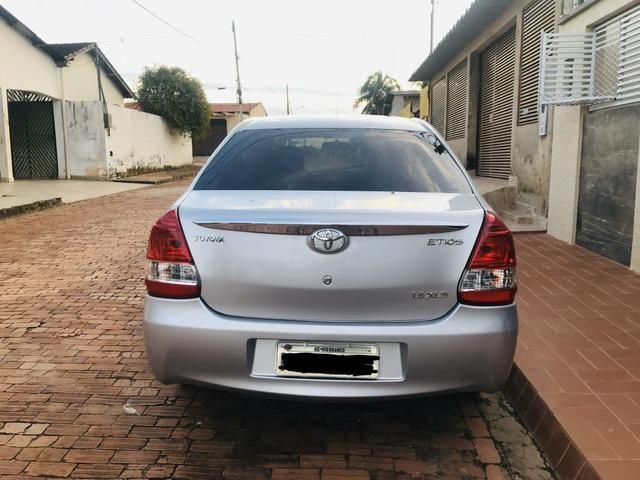 Etios sedan xls 1.5 mec 2013/2013 - Foto 3