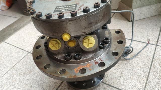 Motor Tração Hidráulico Rexroth Mcr5f Máquina Empilhadeira Escavadeira - Foto 2