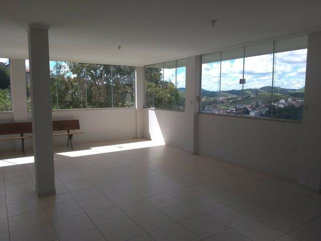 Vendo- Casa com três dormitórios em São Lourenço-MG - Foto 5