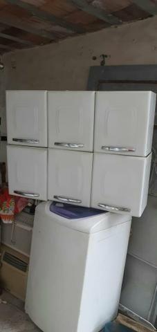 Vendo 2 armário de cozinha de parede de 3 portas não reservo