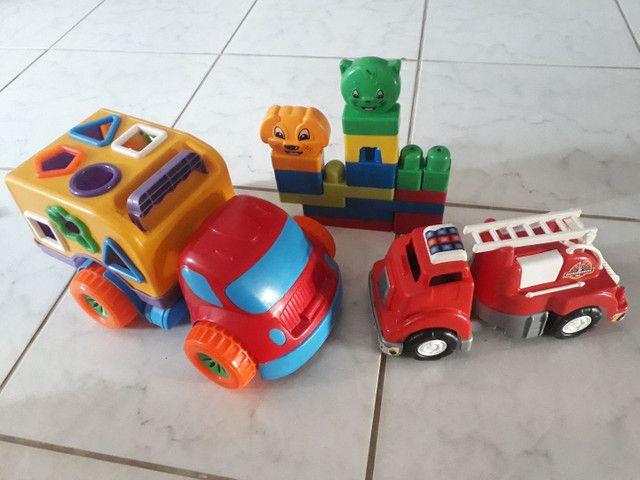 Vendo esses kit de brinquedos  - Foto 2