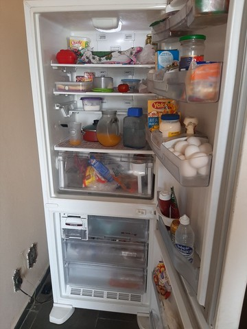 Vendo geladeira inversa da Brastemp  - Foto 2