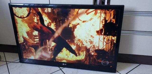 TV 42 LG (Não é smart) - Foto 4