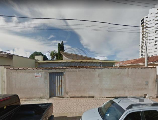Casa à venda com 4 dormitórios em Centro, Jaboticabal cod:V404