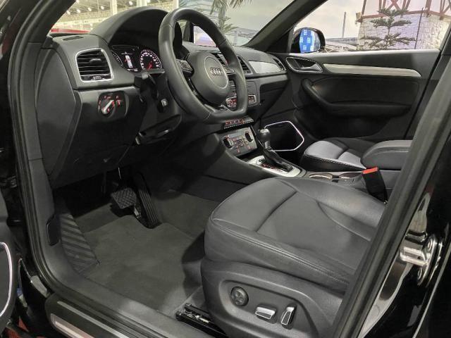 Audi Q3 Black Edition 1.4 TFSI 2018 - Foto 8