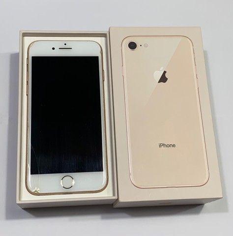 iPhone 8 - Gold  - Foto 2