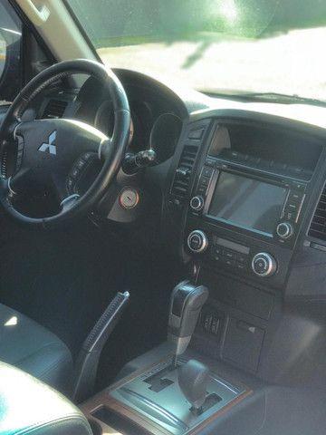 Mitsubishi Pajero Full 3.8 Hpe 4x4 Gasolina Aut 4p 2011 - Foto 10