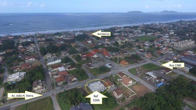 Apartamentos c/ 01 suíte + 02 quartos, frente para Av. João H. Vieira, perto do Acesso pel - Foto 3