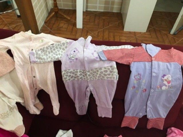 Roupinhas de bebê menina de 0 a 6  - Foto 6