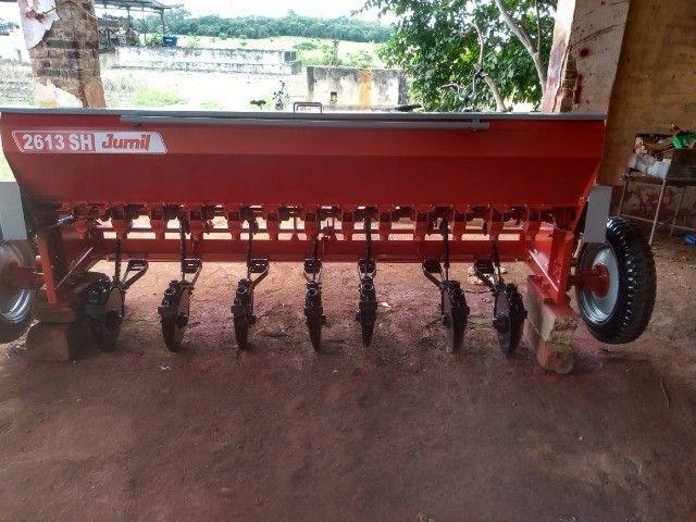 Plantadeira de capim milho feijão - Foto 4