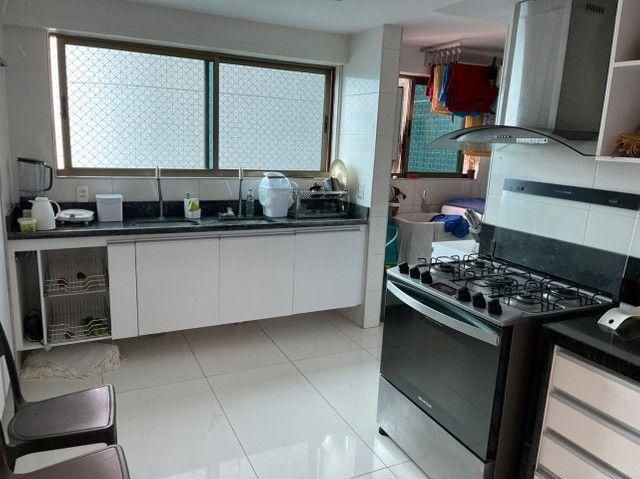 (RBA) Alugo apt. luxuoso, 240m², 3 Suítes, lazer, decorado e mobiliado, vista incrível! - Foto 11
