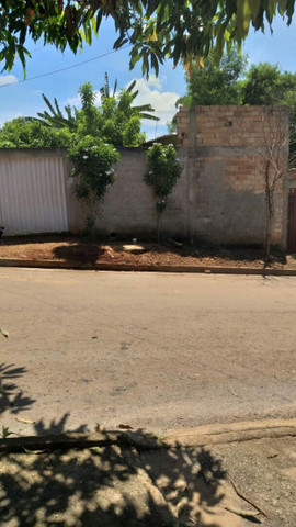 VENDO LOTE COM BARRACAO - Foto 2