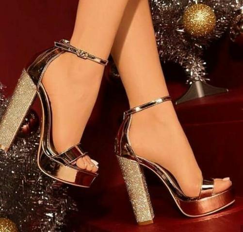Vagas para representacao Calçados femininos