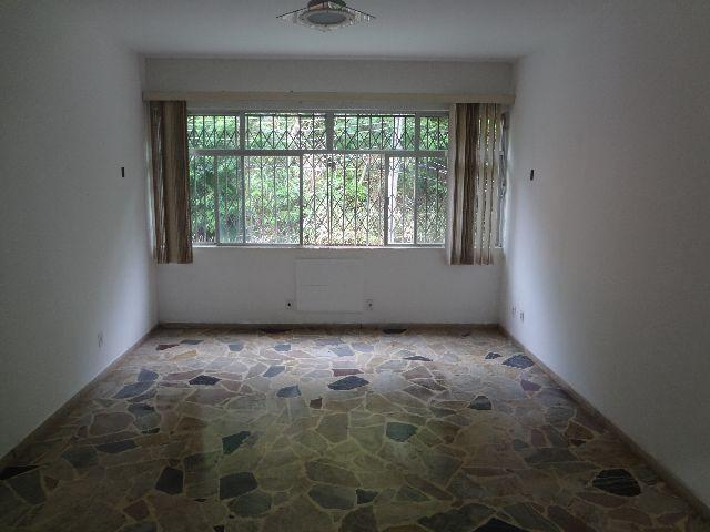 2 qts armarios 1 suite+banheiro completo garagem