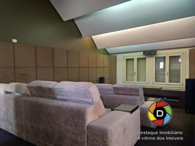 Linda de alto padrão com sala cinema privado e pertinho do centro. - Foto 11
