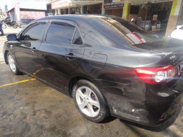 Toyota Corolla Financio ate sem entrada+gnv d quint ger+ completo troca moto ou carro - Foto 8