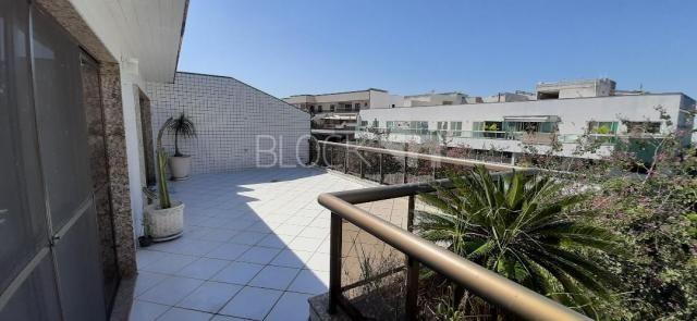 Apartamento à venda com 3 dormitórios cod:BI7460