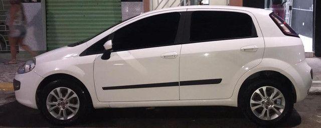 Fiat Punto Essence 1.6 16V 2013 - Foto 4