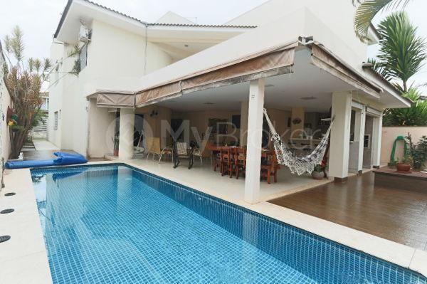 Sobrado 5 quartos,3 suítes,varanda gourmet,Condomínio Jardins Mônaco.