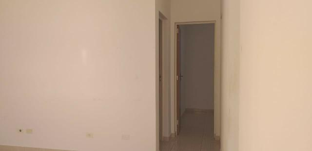 Aluga-se um Apartamento no Setor Industrial Santo antônio - Foto 4