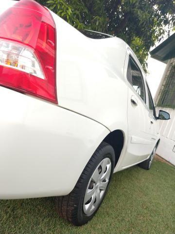 Toyota Etios Sedan 2016 - Foto 6