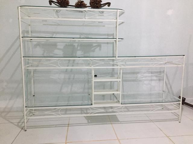 Estante linda em aço e vidro - Foto 2