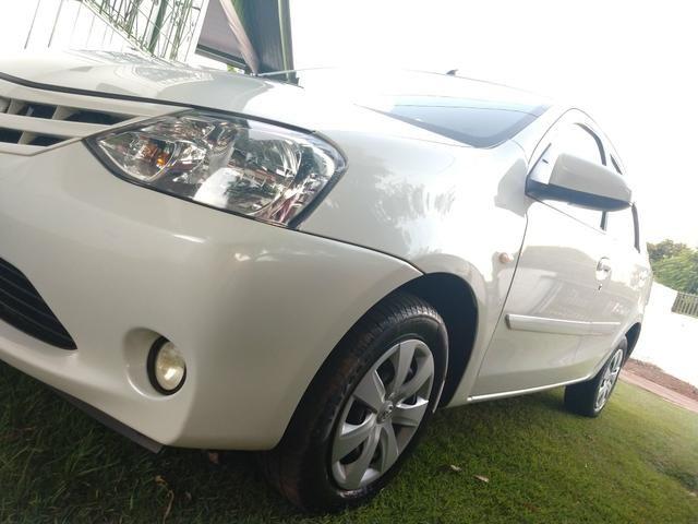 Toyota Etios Sedan 2016 - Foto 12