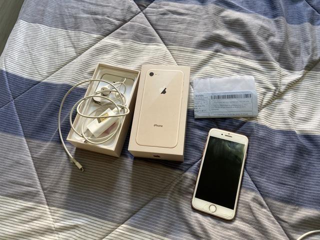 IPhone 8, 64gb , pouco uso! Novinho - Foto 2