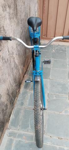 Troco ou vendo bicicleta monark cachinbada original - Foto 2