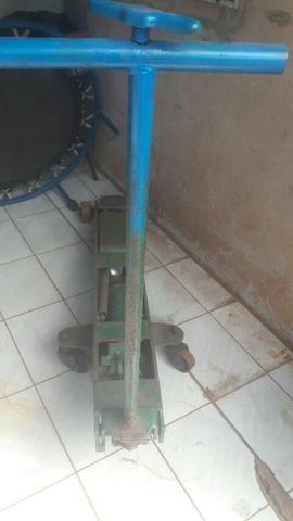 Macaco hidraulico de caminhao - Foto 2