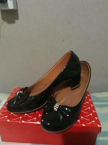 Vendê-se 2 pares de sapatos  - Foto 3