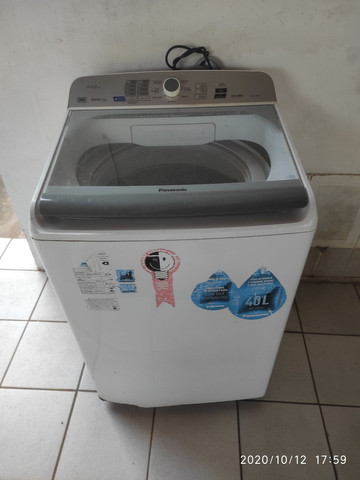 Máquina de lavar 15Kg.