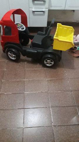 Bicicleta infantil/caminhao de pedal infantil - Foto 4