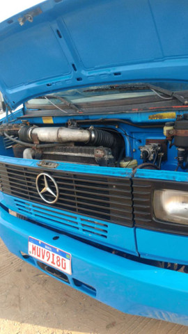 Mercedinha 710 2003 azul - Foto 5