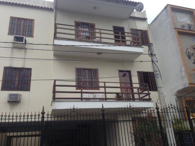 Amplo apartamento 3 quartos com área livre