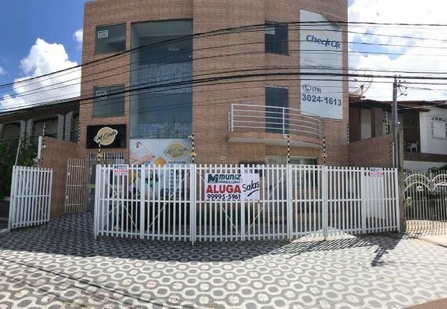 Salas comerciais na Galeria Rollemberg, Bairro Orlando Dantas