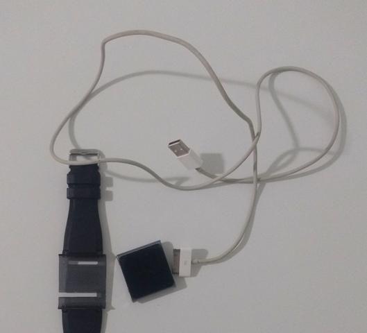 IPod Nano 8 GB Graphite + Pulseira Preta + Fone de Ouvido - Foto 4