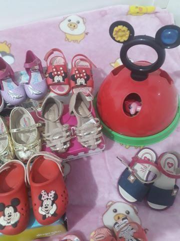 Lote de sapatos novos e usado - Foto 2