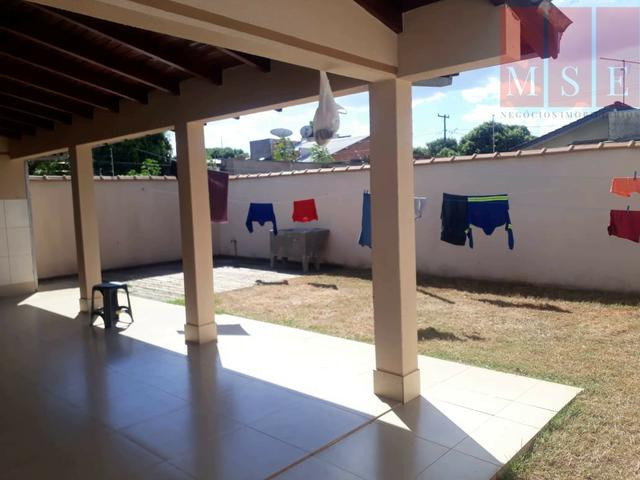 Vende-se Casa com 3 Quartos no Menino Jesus II em Sinop-MT - Foto 7
